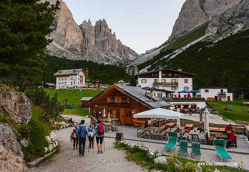 Dolomites - Val di Fassa - Vinicio Capossela at Vajolet 03