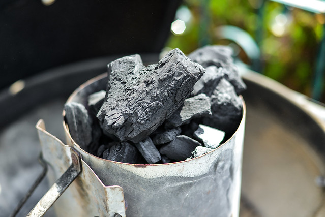 The Difference Between Hardwood Lump and Briquette Charcoal