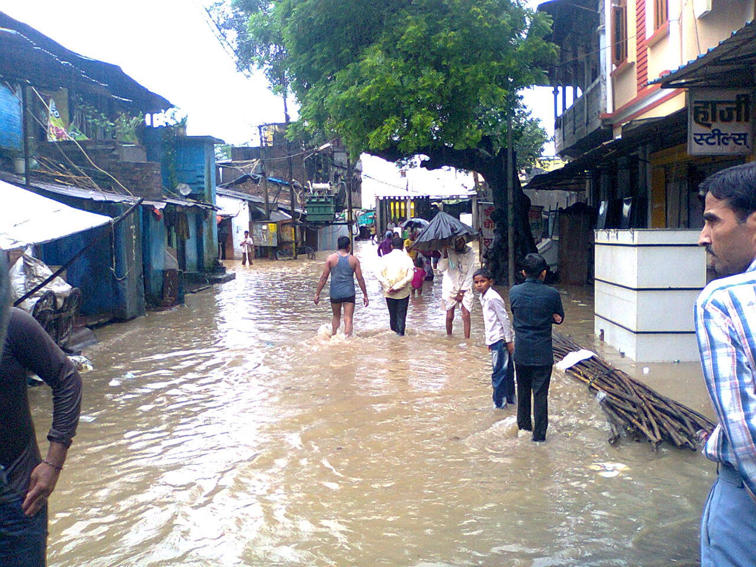 बांधों की वजह से भयानक होती बाढ़
