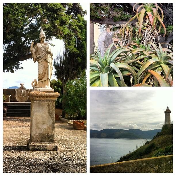 Il bellissimo giardino della villa dei Mulini, che fu quartier Generale di Napoleone