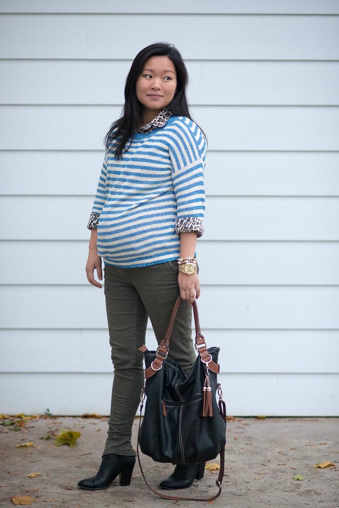 blue striped sweater 005