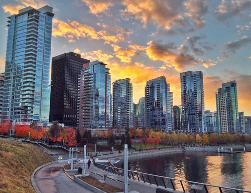 Coal Harbour seawall at sunset