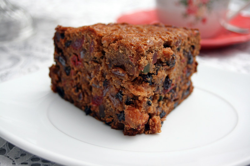 10722231985 fbb55fb523 c Rich Fruit Cake