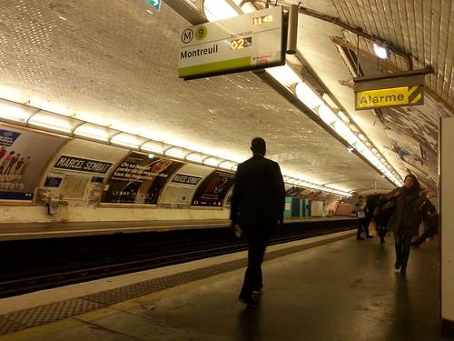 Montreul metro station