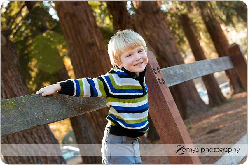 b-K-2013-10-26-01: Zemya Photography: Child & Family photographer