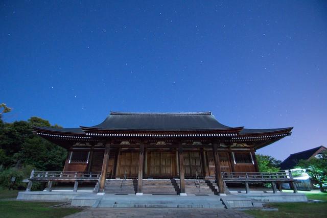 夜の五智国分寺