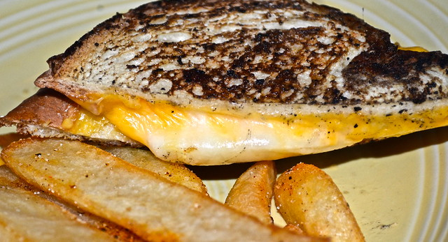 four cheese grill cheese sandwich at beckyjacks food shack restaurant