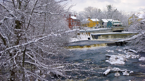 Along the Squamscott River in Exeter, New Hampshire by nelights