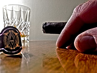 Cigar, band, hand, crystal - h8593