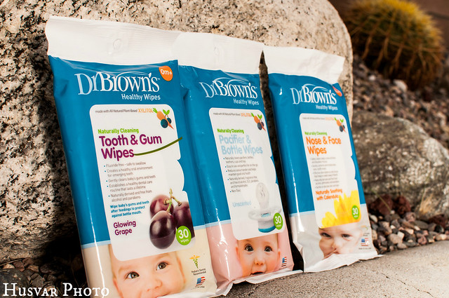 Dr. Brown's tooth & gum wipes pacifier wipes in_the_know_mom