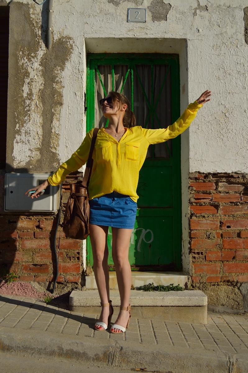 lara-vazquez-madlulablog-style-fashion-yellow-blue
