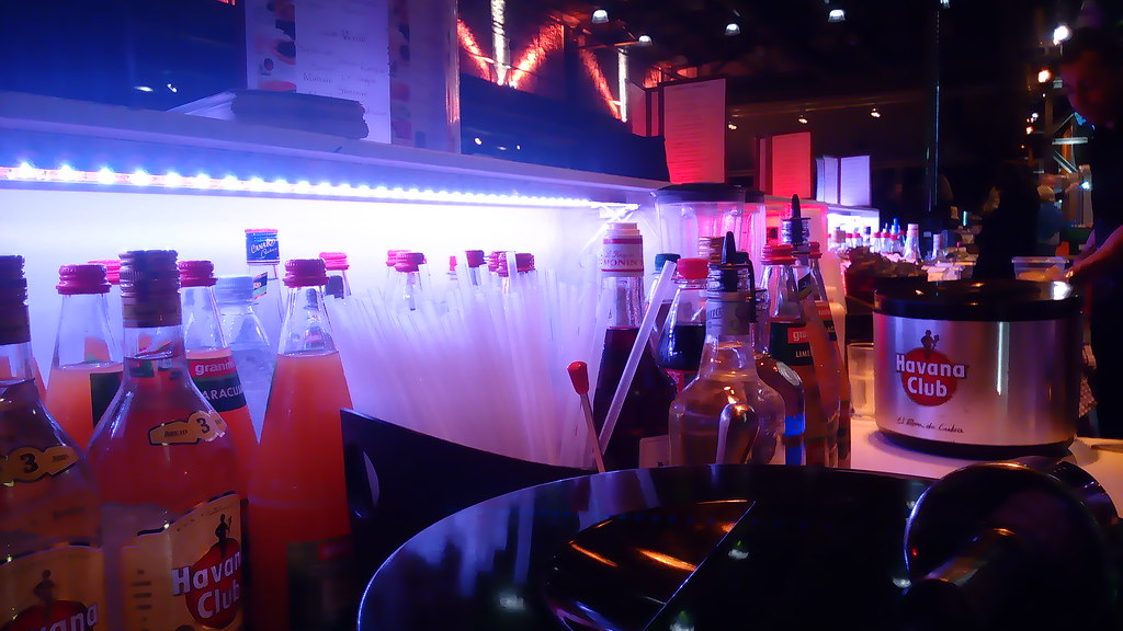 """#HummerCatering #Eventcatering #mobilebar #Cocktailbar #Cocktails #Barkeeper #Abi #Abiballhttp://goo.gl/oMOiIC • <a style=""""font-size:0.8em;"""" href=""""http://www.flickr.com/photos/69233503@N08/19013575172/"""" target=""""_blank"""">View on Flickr</a>"""