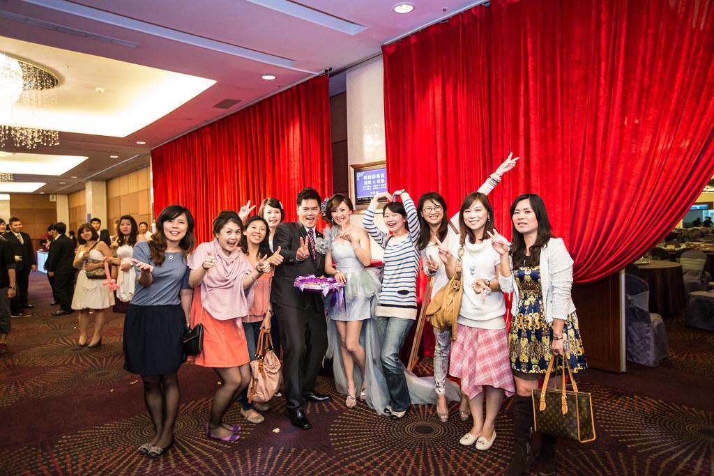 wedding0504-650.jpg