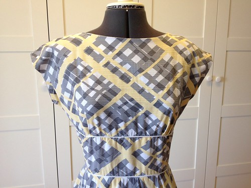 yellow broken plaid Butterick 2344 bodice