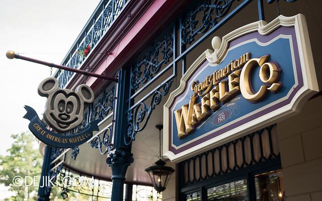 Tokyo Disneyland - World Bazaar / Great American Waffle Company / Mickey Waffles
