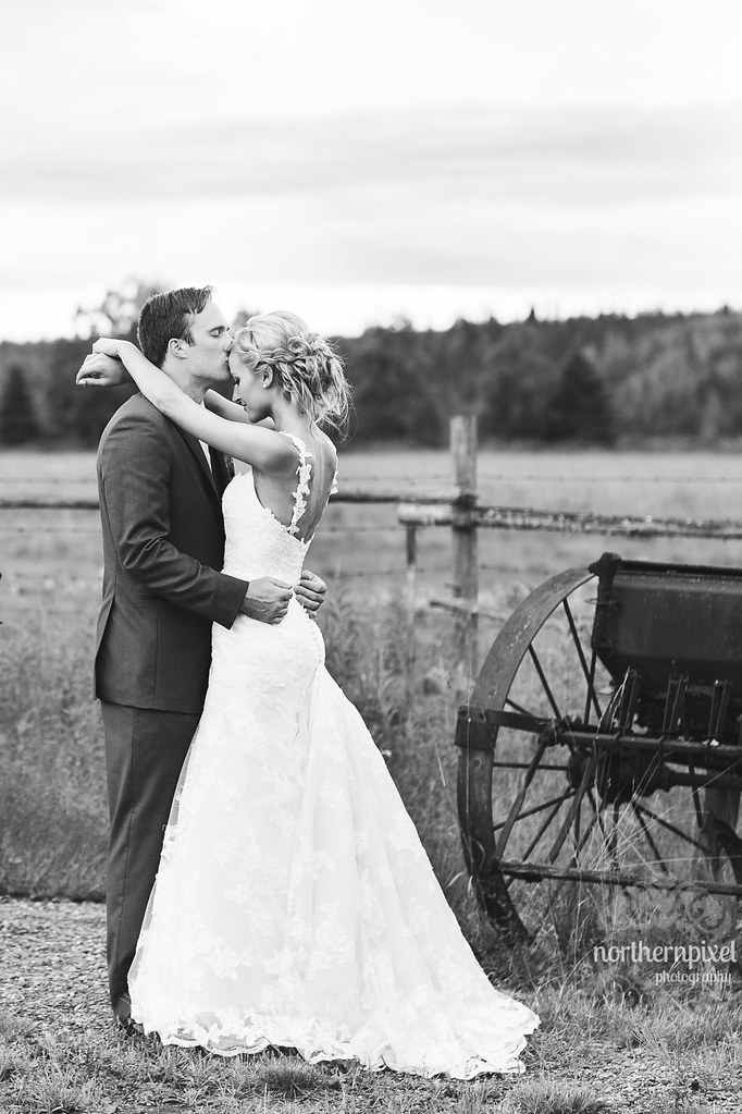 Newlyweds at Huble Homestead