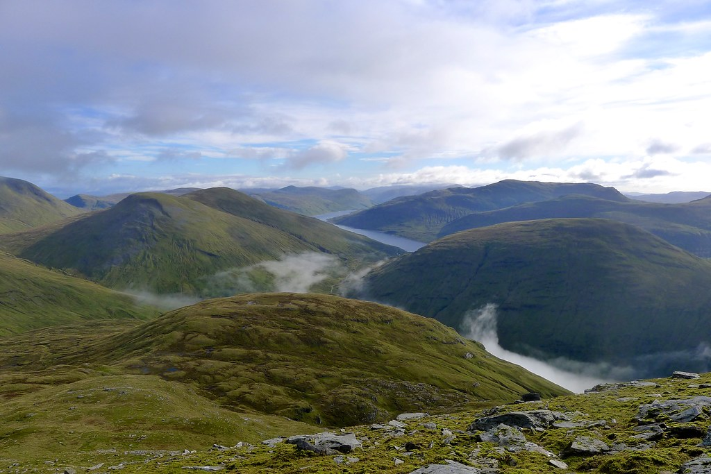 Across Meall Tionail to Loch Lyon