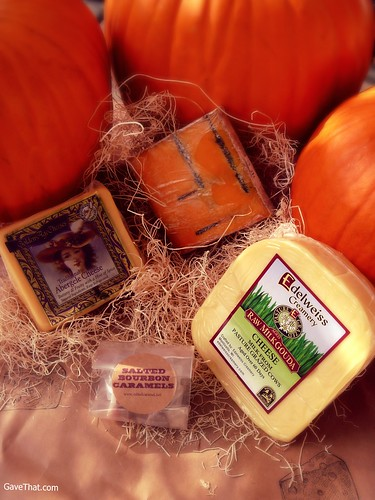 Yankee Hollow October Cheese Box