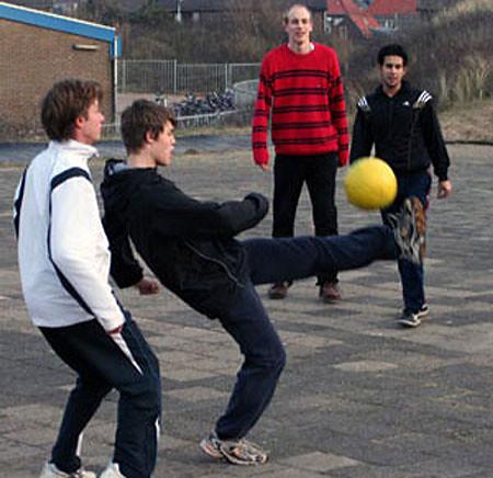carlsen-football