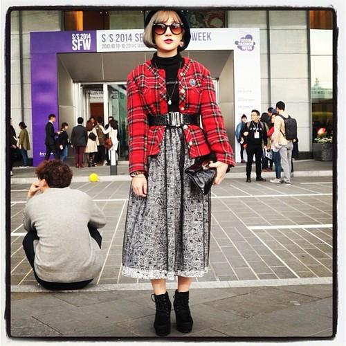 Sharp! #seoul #seoulfashionweek #korea #korean #streetportrait #streetphotography #pinup #instapin