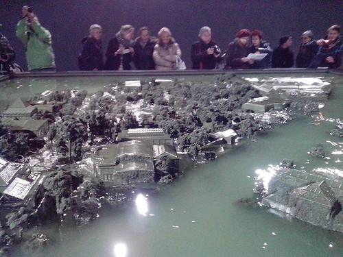 La città che affonda di Alfredo Jaar by Ylbert Durishti