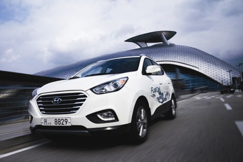Hyundai начнет серийное производство водородных автомобилей в следующем году