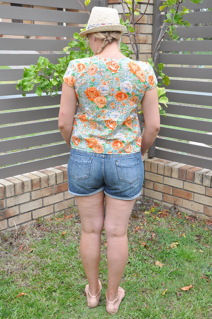 orange floral grainline studio scout tee