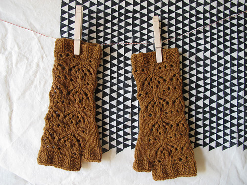 Chalice Mitts_1