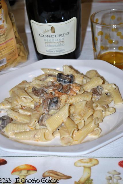 Garganelli con funghi, zucca e amaretti (2)
