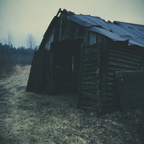 winter nature barn finland landscape europe iphone kouvola mustajoulu iphone5s vscocam