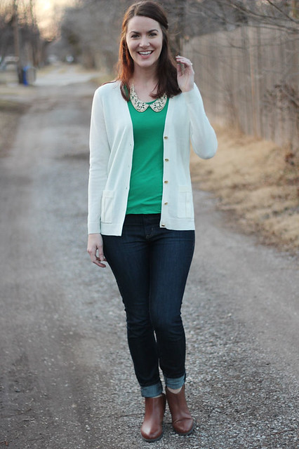 green-shirt-with-collar,-white-cardigan-3