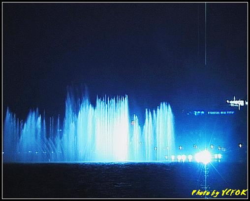 杭州 西湖 (其他景點) - 329 (在西湖十景之 柳浪聞鶯 (近古湧金門) 看西湖湖濱路及西湖畔夜景 音樂噴泉)