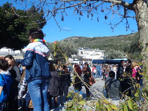 Τσικνοπέμπτη 2014 - Μαθητές σχολείων της Ρόδου στη Ψίνθο ! by Psinthos.Net, on Flickr