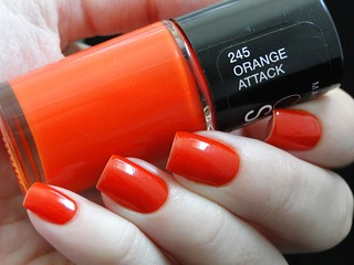 8 Laranja (Maybelline - Orange Attack)