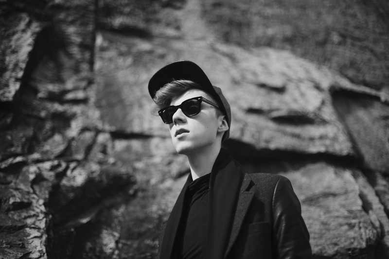 mikkoputtonen_fashion_blogger_rayban_meteor_leather_cap_eastdane_marcbymarcjacobs_web