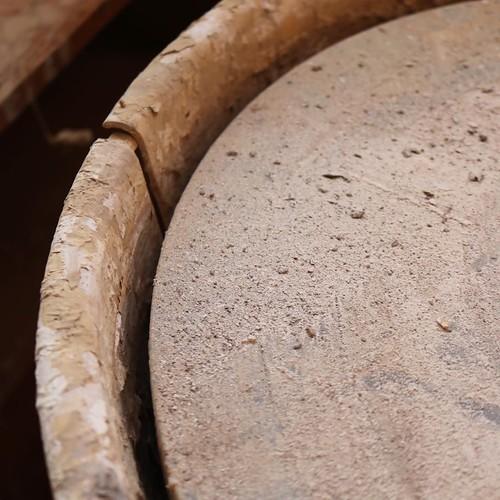 左利きの芝さんと、アメリカで陶芸を学んだ僕の共通点は、「ロクロの回転が普通と逆」ということ。 #赤磐市