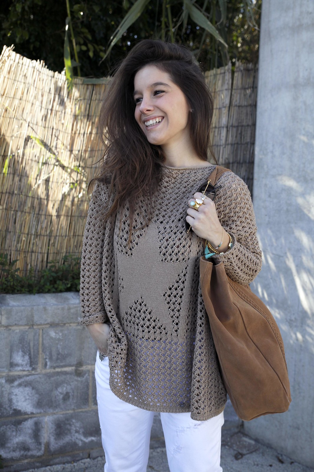 013_SPRING_NEUTRAL_OUTFIT_STREET_STYLE_FASHION_BLOGGER_INFLUENCER_BARCELONA_THEGUESTGIRL