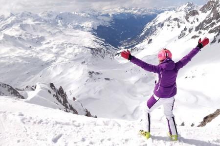 St. Anton se letos stal největší rakouskou lyžařskou arénou, za což vděčí propojení Stubenu a Lechu novou kabinkou Flexenbahn, takže celkový počet veskrze sportovních sjezdovek čítá už 305 km. Sněhové podmínky jsou v...