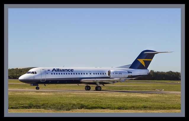 Alliance Focker F70  taxing to Brisbane 19=