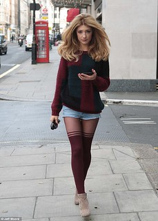 Nicole Roberts Patterned Tights Celebrity Style Women's Fashion