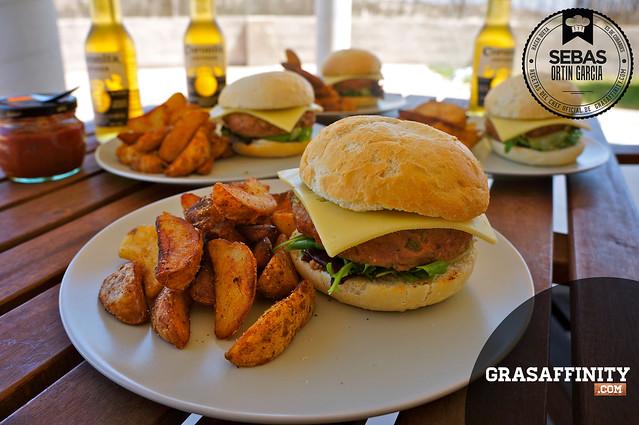 Cómo preparar hamburguesas caseras // Grasaffinity