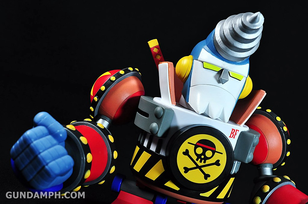 Banpresto One Piece WCF Mega Franky Shogun Review (15)