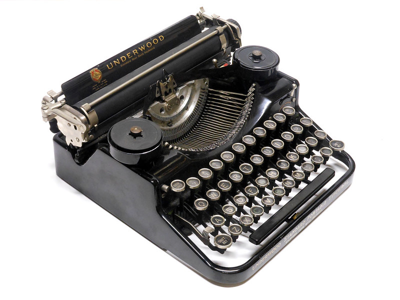 Underwood Standard Portable (Four Bank) #4B97305