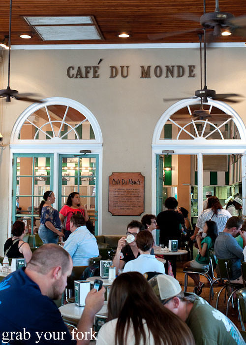 cafe du monde at the french market in new orleans louisiana