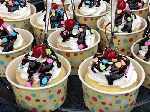 ice cream cup cupcakes
