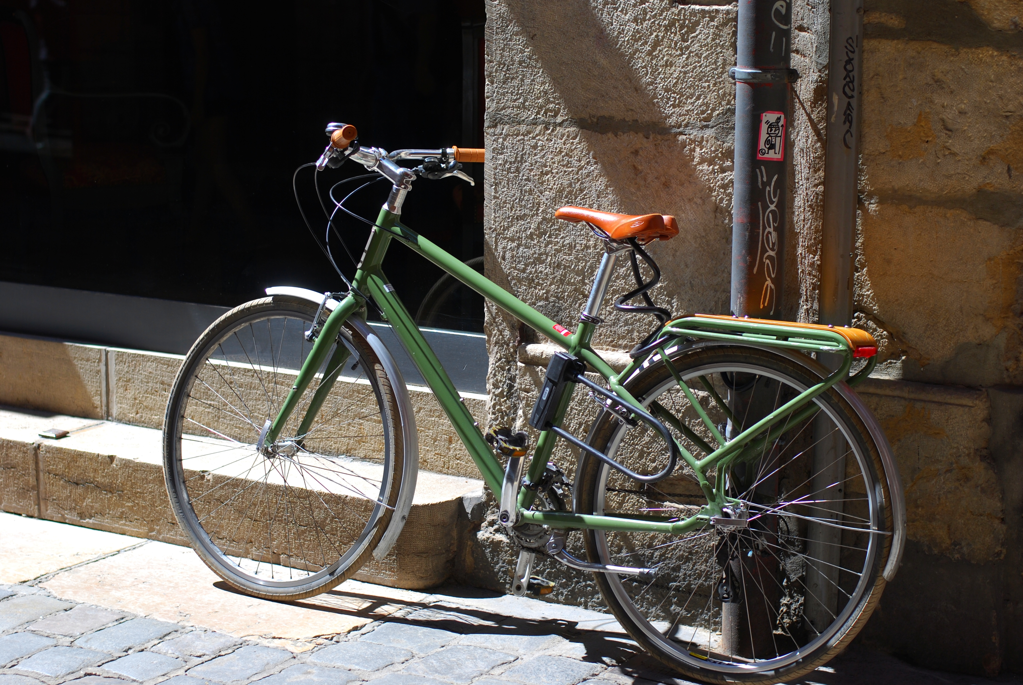 chambray and curls Lyon France Summer Travel vintage green bicycle