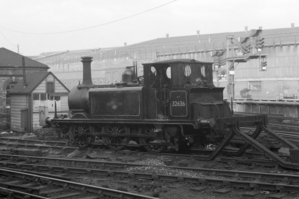 A1X 32636 at Brighton, Nov 1961