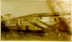 Plane Miss Veedol