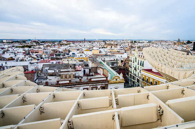 Photo worthy views of Sevilla from the top of the Metropol Parasol.