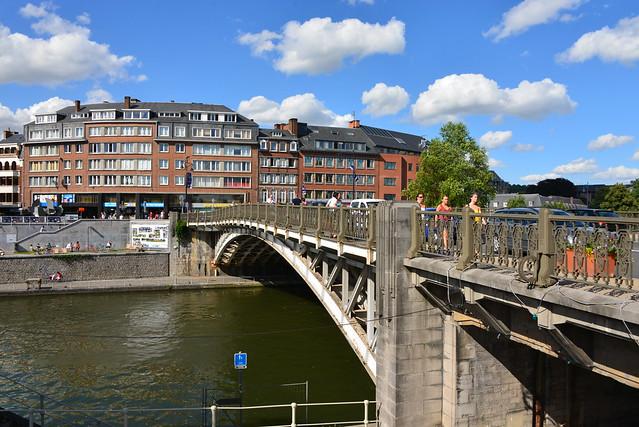 Le dernier pont de la Sambre avant de se jeter dans la Meuses